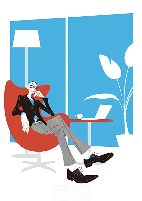 イラスト&写真のストックフォトwaha(ワーハ) 人、外国人、男性、大人、メガネ、リビング、休憩、憩い、安らぎ、パソコン、カップ、室内、部屋、憩い、安らぎ、くつろぐ b-t 19-2452c